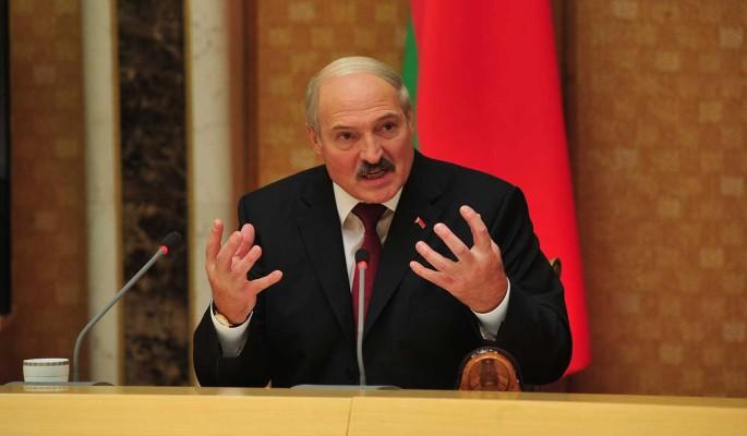 Лукашенко прервал выступление из-за сильного кашля: Зараза опять ко мне пришла