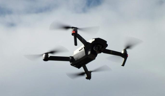 В Ленобласти 300 дронов составили в небе фразу 'защитим ветеранов'