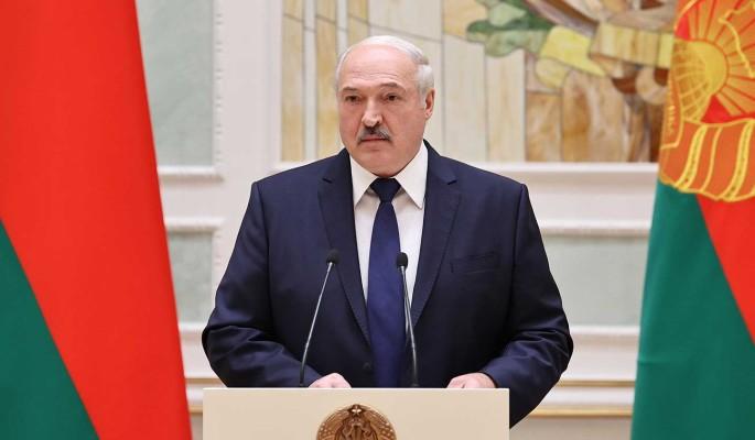 Эксперт Агафонов об ограничении русского языка в Белоруссии: Лукашенко насаждает красно-зеленый национализм