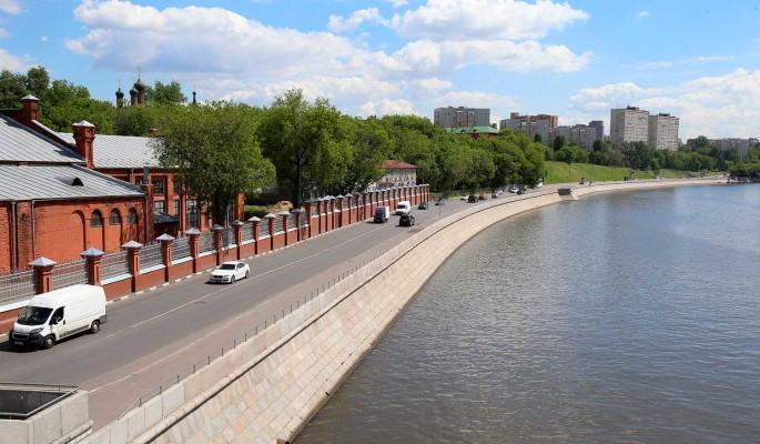 Комфортный отдых для горожан организуют в районе Крутицкой набережной в Москве
