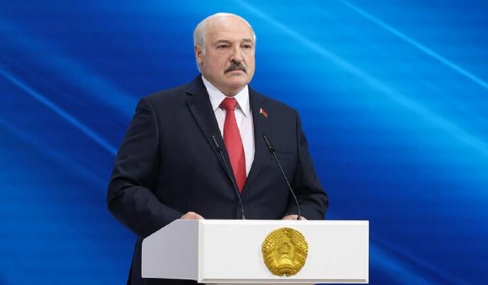 Аналитик Тихоненко: Путин управляет 'пугалом' Лукашенко