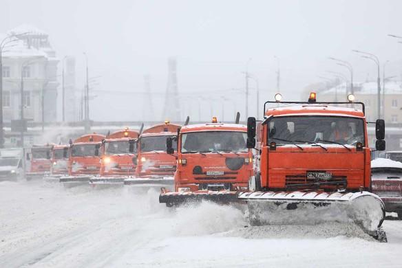 Дептранс Москвы: снегопад не нарушил работу общественного транспорта