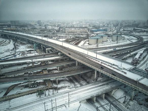 Движение на семи улицах Москвы станет односторонним