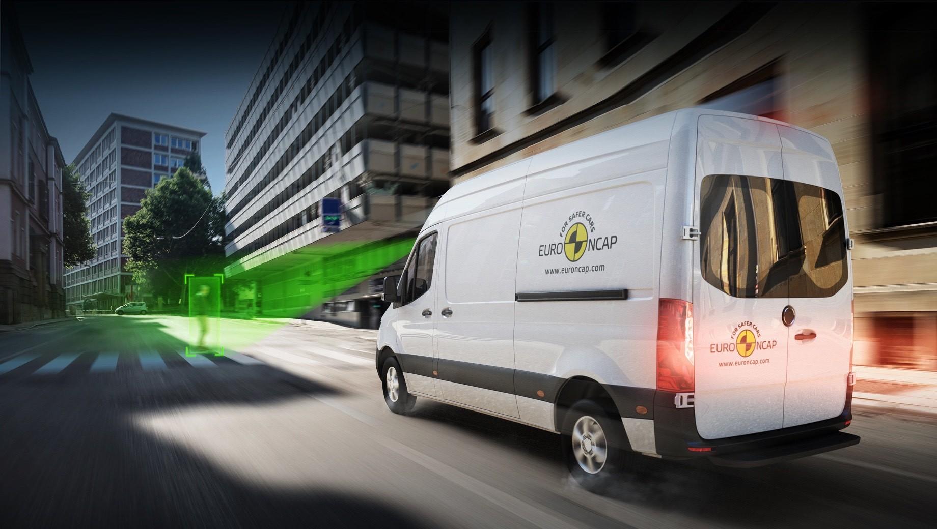 Эксперты Euro NCAP оценили развозные фургоны