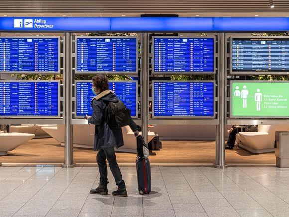 РФ возобновляет международные авиарейсы еще из двух регионов