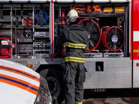 Пожар возник на нефтезаводе в Уфе