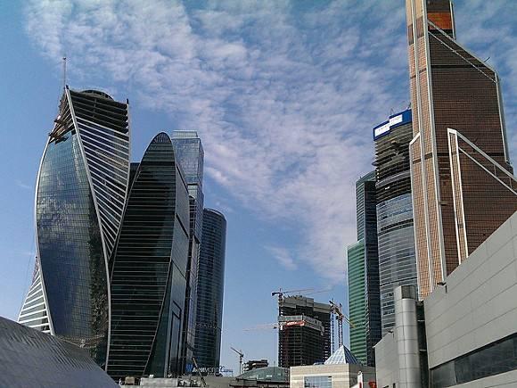Машиноместа за 17 млн рублей продали в Москве