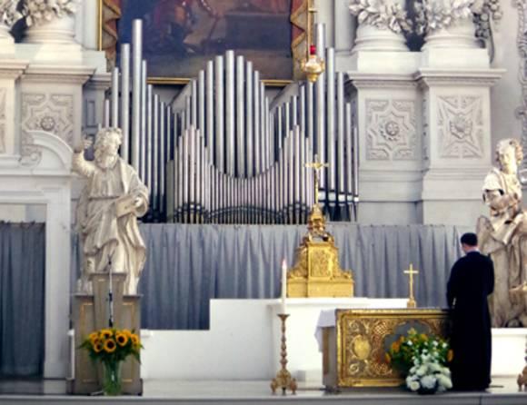 В немецкой церкви признались, что сжигали «ведьм», и извинились