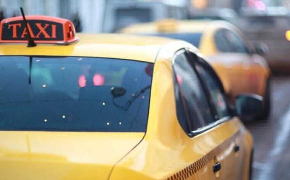 СМИ: Тарифы на такси могут подняться еще на 10%