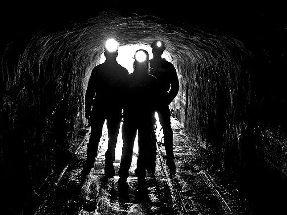 В Кузбассе на шахте имени Тихова погиб четвертый за две недели рабочий