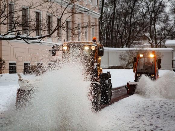 Губернатор Подмосковья призвал местных жителей пересесть на общественный транспорт