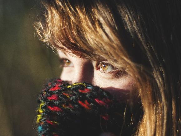 Нужен легкий «температурный стресс»: ученые выяснили, почему пребывание в прохладных помещениях способствует похудению