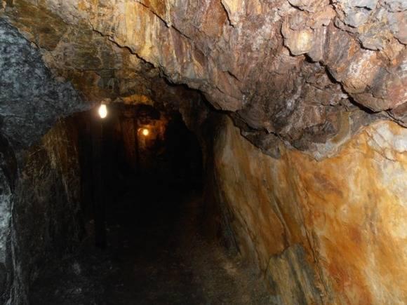 Обрушение произошло на шахте в Кузбассе, есть жертвы