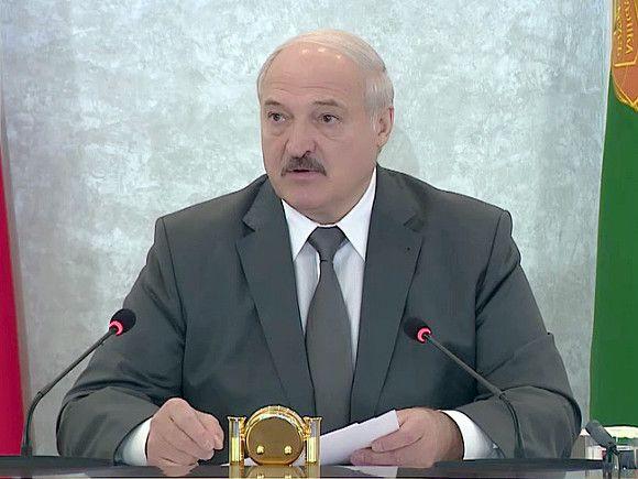 Лукашенко «зарубил» два проекта новой белорусской конституции