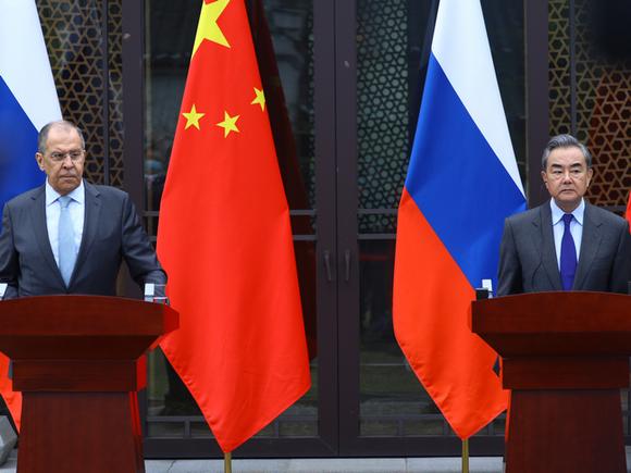 Когда Пекин бросит на Москву голодный взгляд?