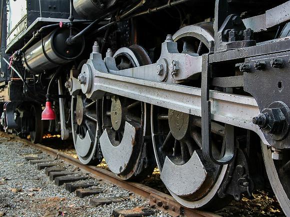 ДТП с поездом в Приамурье унесло жизни двоих человек
