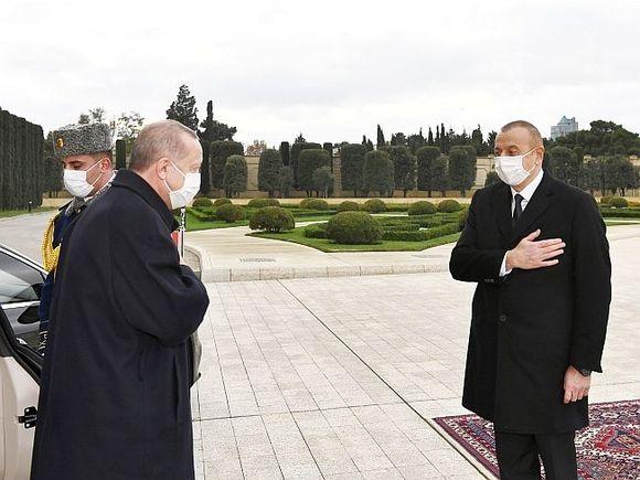 Эрдоган и Алиев решили приманить Ереван