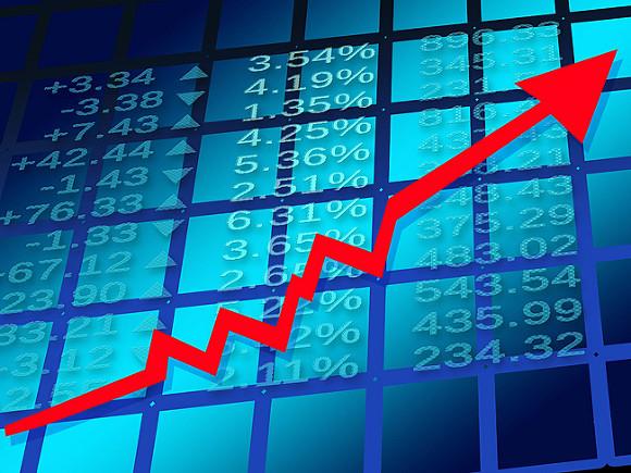 Российский рынок акций начал неделю в «зеленой зоне»