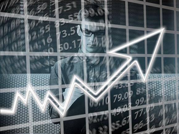 Аналитик: Серебро будет дорожать, а цены на палладий начнут падать