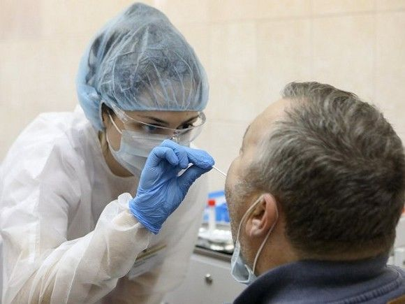 В Роспотребнадзоре назвали срок выработки иммунитета после вакцины от коронавируса