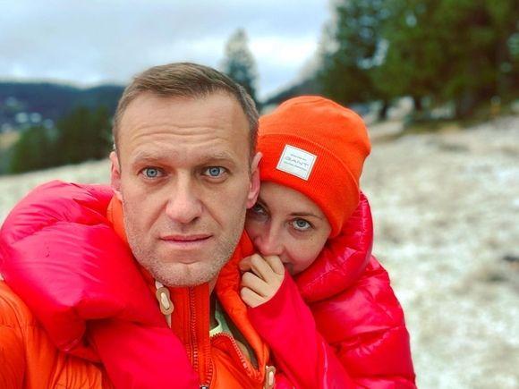 «Тут явно какой-то подвох»: Навальный в письме супруге спросил, почему ему присылают сотни фотографий котов