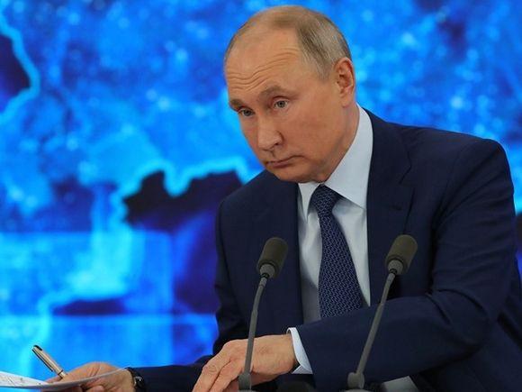 Калининградцам в новогоднюю ночь показали только половину Путина (видео)
