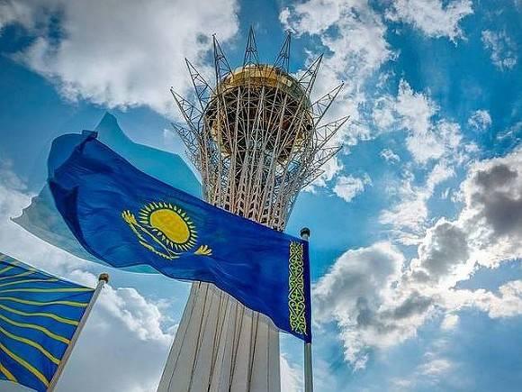Правительство Казахстана в полном составе ушло в отставку
