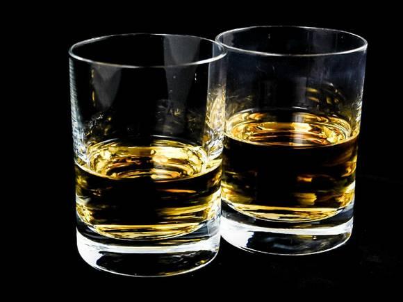 Ученые определили самый «похмельный» напиток
