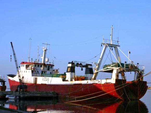 В Норвегии перевернулось российское рыболовное судно