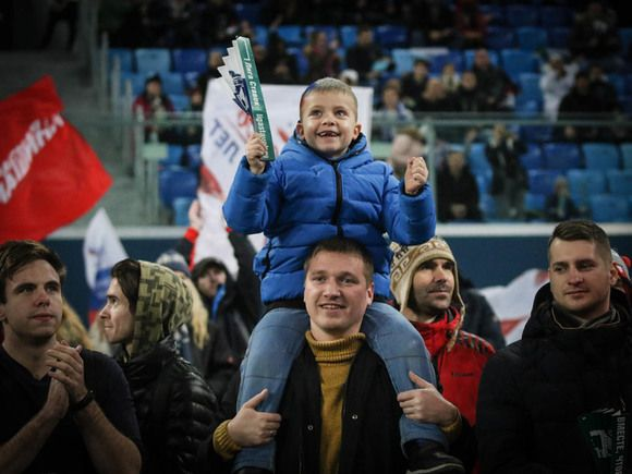 В УЕФА обещали разрешить болельщикам выезжать в другие страны для посещения матчей ЧЕ-2021