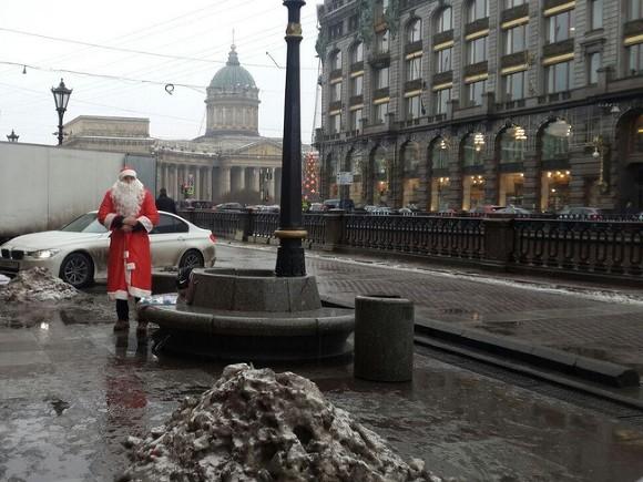 Беглов посетовал на петербургский климат, который способствует распространению коронавируса