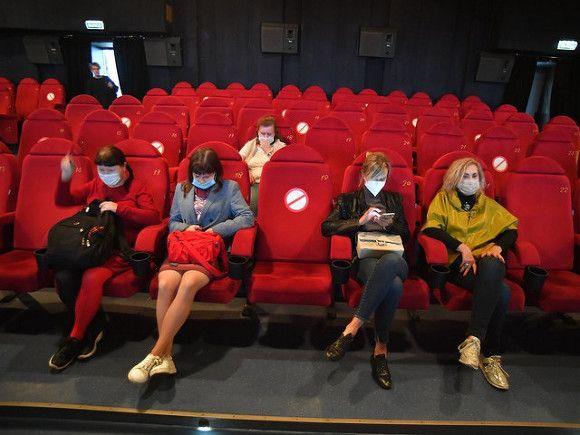 СМИ: Минкульт хочет защитить посетителей кинотеатров от дебоширов