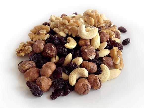 Врач рассказал, чем полезны грецкие орехи