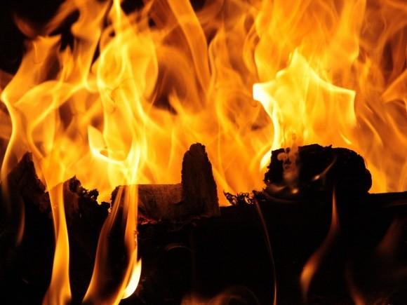 Под Тюменью при пожаре погибли семь человек