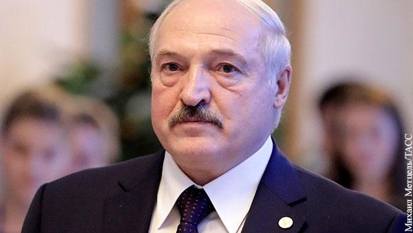 Лукашенко: Раскрытая террористическая группа тоннами везла оружие через Украину