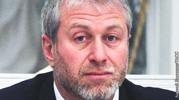 Британская газета извинилась перед Абрамовичем за слова Волкова