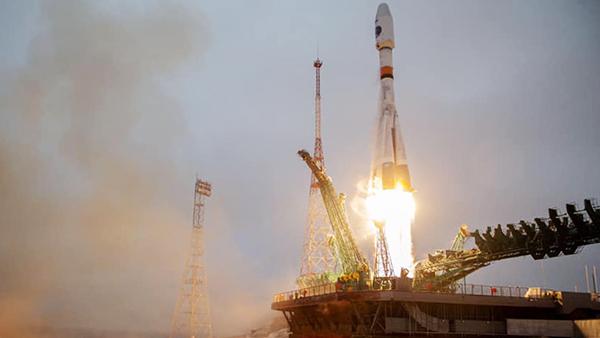 Общество: Россия начала освоение Арктики с помощью космоса