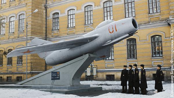 Мнения: Как спасти училище Юрия Гагарина