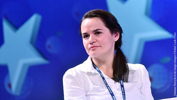 Тихановская предложила Навальной занять место мужа