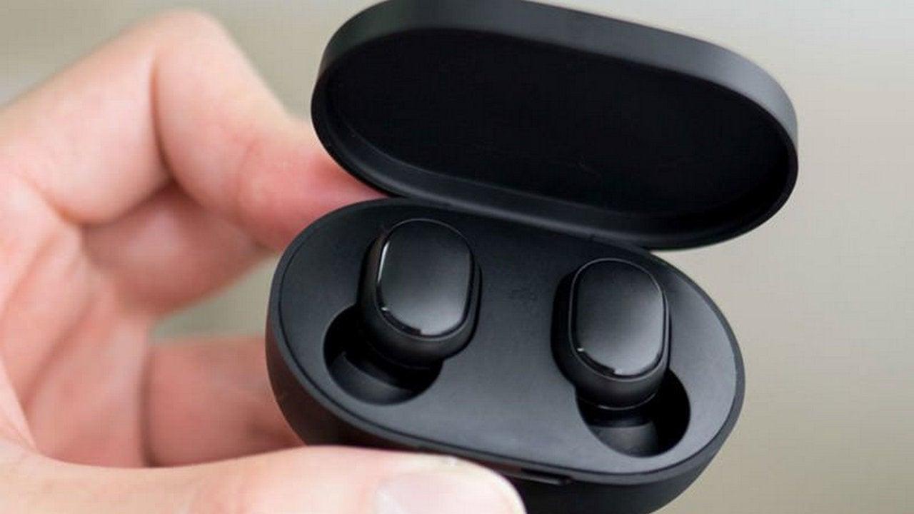 Xiaomi скоро выпустит беспроводные наушники Redmi AirDots 3 с поддержкой Bluetooth 5.0