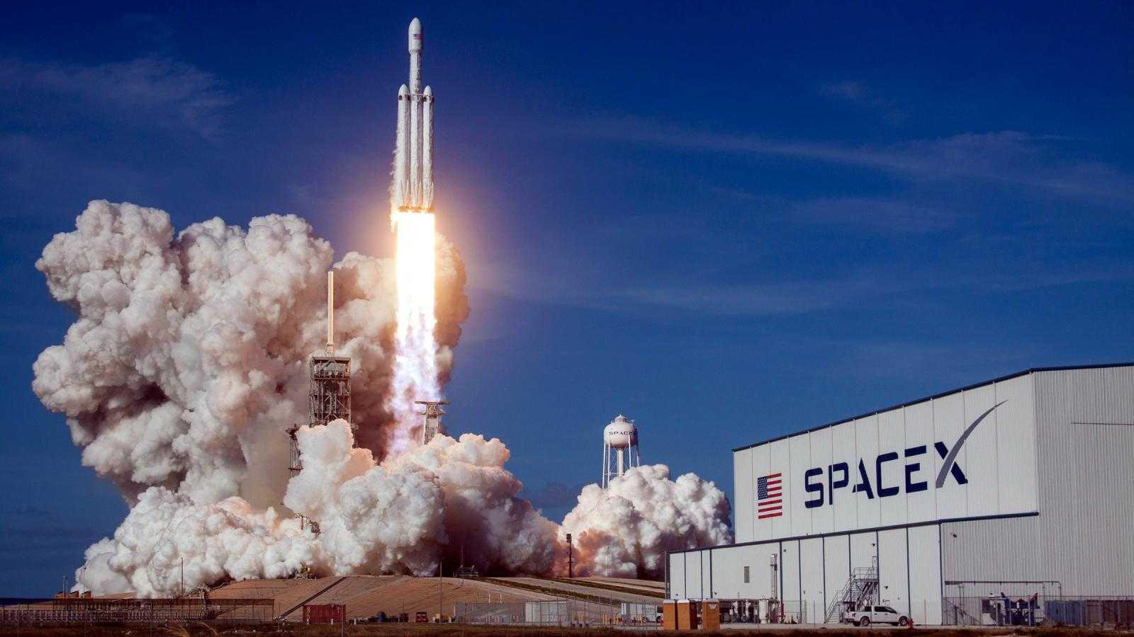 Первый запуск SpaceX Falcon 9 в 2021 году назначен на ночь четверга