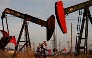 Нефть дешевеет на рисках для спроса на сырье