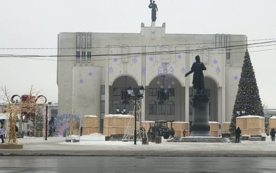В Курске завершается подготовка к фестивалю снежных скульптур