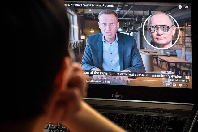 «Левада-центр»: фильм о «дворце Путина» посмотрел каждый четвертый россиянин. Треть из них уверены, что все показанное — неправда