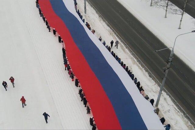 Демонстрация, что Путина поддерживают простые люди. «Медуза» выяснила, как Кремль организовал флешмоб с видео в поддержку президента и разочаровался в нем