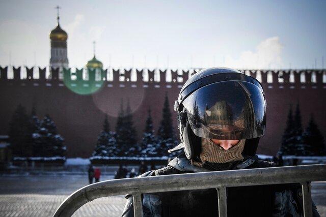 Сотрудник может быть против Путина, но точно не за эту толпу. Бывшие полицейские обсуждают с «Медузой» Алексея Навального, разгон акций, коррупцию, власть и белорусский сценарий