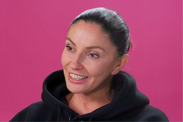 Наталья Синдеева — о том, как «Дождь» стал политической партией, своей борьбе с раком и кризисе в личной жизни. Новый эпизод «Скажи Гордеевой»