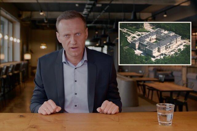 Кинокритики решили вручить Навальному премию «Белый слон» за «новаторские фильмы-расследования». В ответ Союз кинематографистов вышел из числа учредителей премии