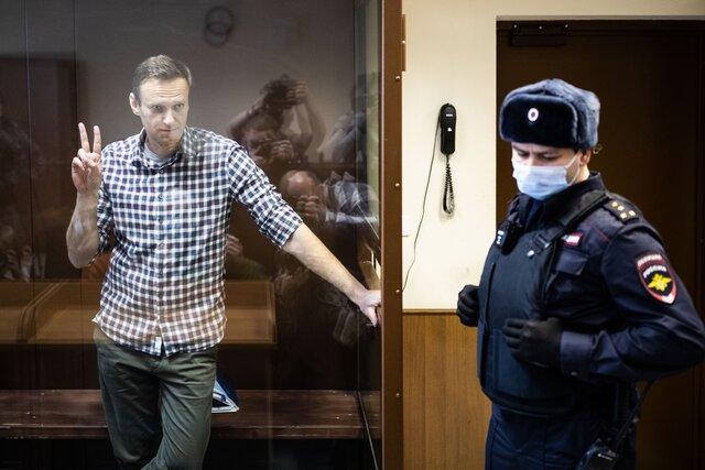 «Он доказал, что в одиночку можно сделать многое». Десятки людей объявили голодовку в поддержку Алексея Навального. Мы поговорили с некоторыми из них