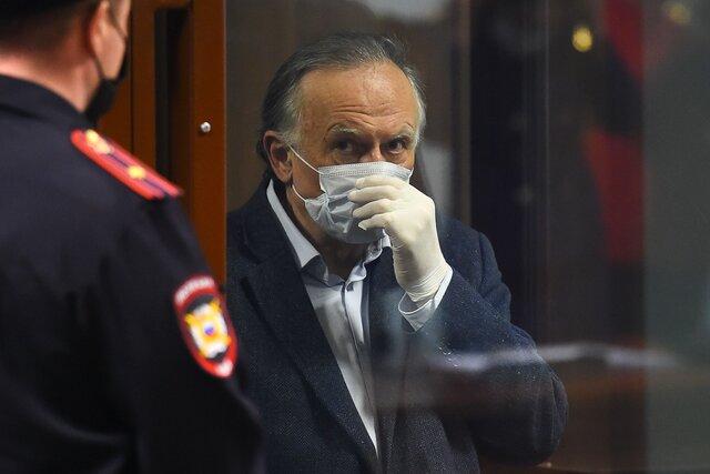 Ощущаю себя чудовищем. Олега Соколова приговорили к 12 с половиной годам за убийство невесты. Суд не поверил, что историк был в состоянии аффекта
